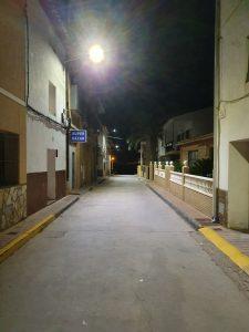 Vista iluminación en calle Tejerías